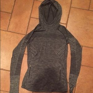 NEW Lululemon fitted hoodie